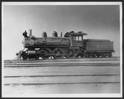 Atchison, Topeka & Santa Fe Railway Company's steam locomotive #492 - Page
