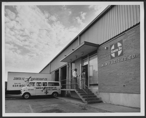 Atchison, Topeka & Santa Fe Railway Company's air freight headquarters, Dallas, Texas - Page
