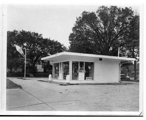 Dari Creme  Drive-in, Topeka, Kansas - Page