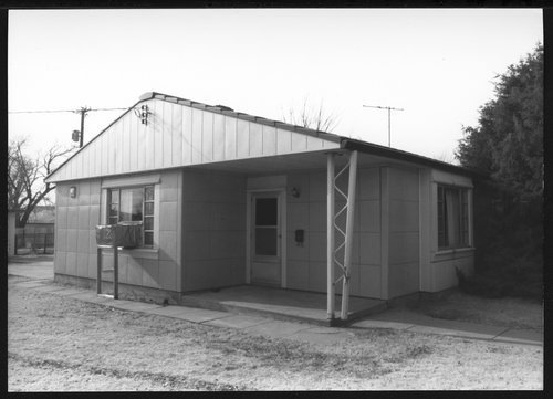 Gallagher residence, Hays, Kansas - Page
