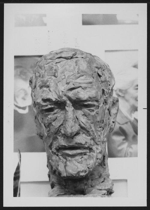 Sculptures of Sigmund Freud in the Menninger Museum, Topeka, Kansas - Page