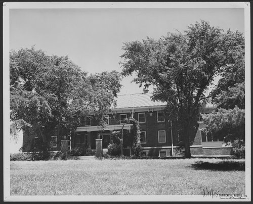 Fellows' Club, Menninger West Campus, Topeka, Kansas - Page