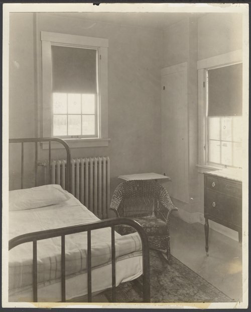 Patient's room at Menninger Hospital East Campus, Topeka, Kansas - Page
