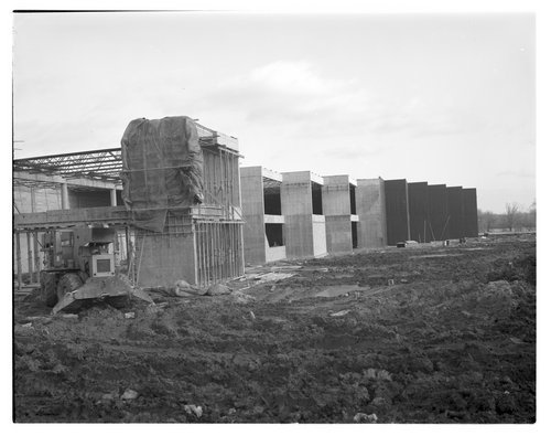 Construction scene at the Kansas State Historical Society's museum in Topeka, Kansas - Page