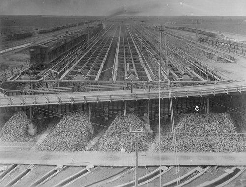 Beet sugar dump at the United States Sugar and Land Company sugar beet factory in Garden City, Kansas - Page