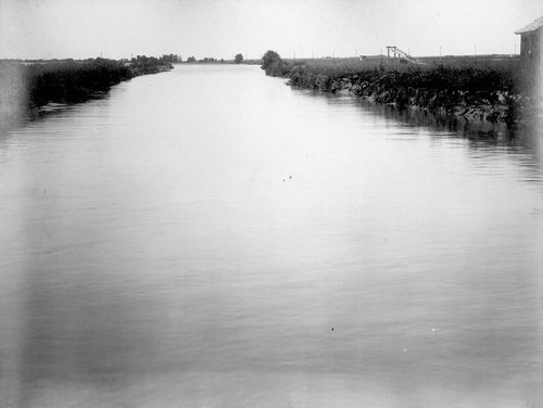 Canal from farmers' dam to headgate in Finney County, Kansas - Page