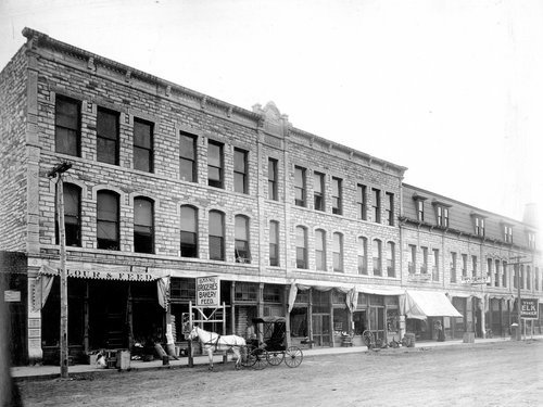 Buffalo block, Garden City, Kansas - Page