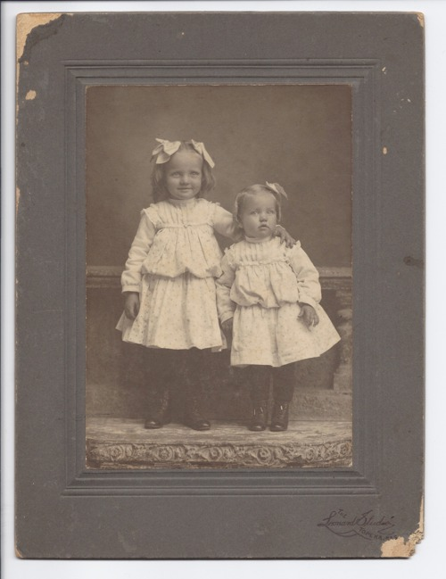 Portrait of two girls - Page
