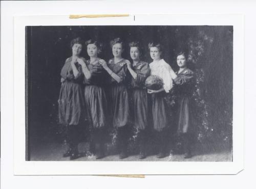 Rossville high school girls basketball, Rossville, Kansas - Page