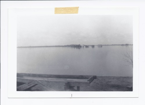 Harold Reser farm, flooded, Rossville, Kansas - Page