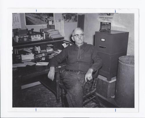 L.B. Crow, Rossville, Kansas - Page