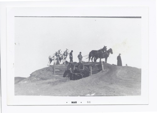 Gravel pit at L. P. Hartzell's farm, Rossville, Kansas - Page