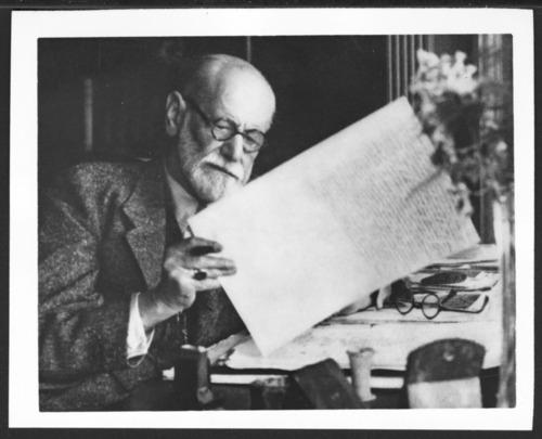 Sigmund Freud at his desk - Page