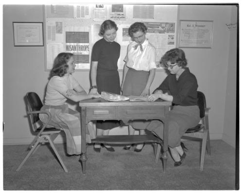 Secretaries at the Menninger Clinic in Topeka, Kansas - Page