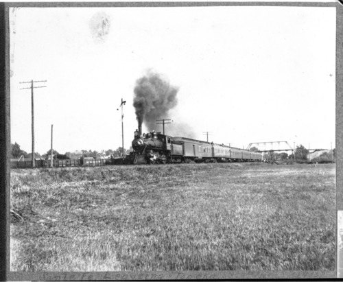 Atchison, Topeka & Santa Fe passenger train, Topeka, Kansas - Page