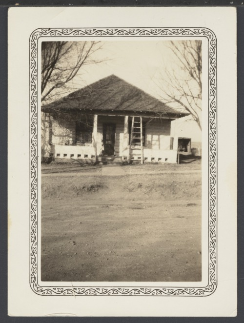 Earl and Floy Burgess' home in Cimarron, Kansas - Page
