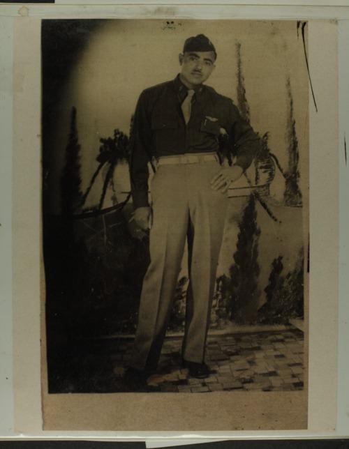 Ramon Frances Noches scrapbook - Page