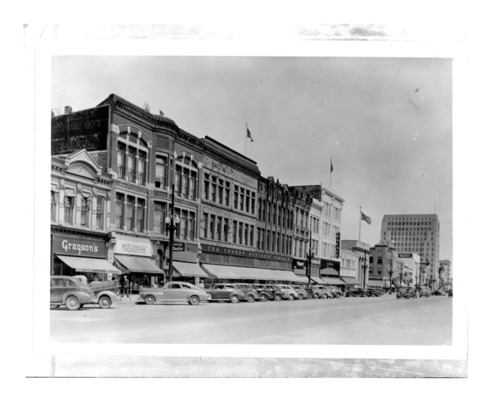 Kansas Avenue, Topeka, Kansas - Page