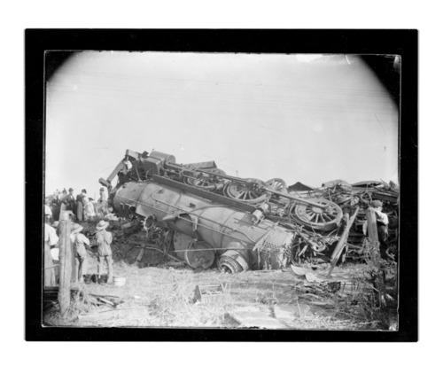 Atchison, Topeka & Santa Fe Railway wreck, Emporia, Kansas - Page