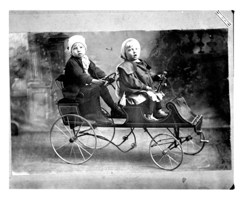 Children and wagon - Page