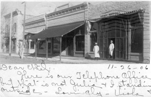Postcard view of 200 block of Missouri Street, Alma, Kansas - Page