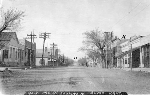 Missouri Street, Alma, Kansas, 1907 Zercher Photo - Page