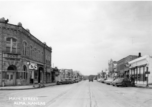 View of 300 block of Missouri, Alma, Kansas - Page