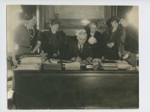 Walter Augustus Huxman Signing House Bill 309 relating to women in political parties - Page