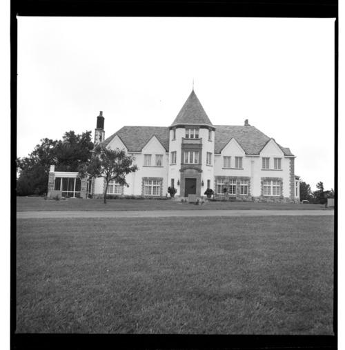 Cedar Crest, Topeka, Kansas - Page