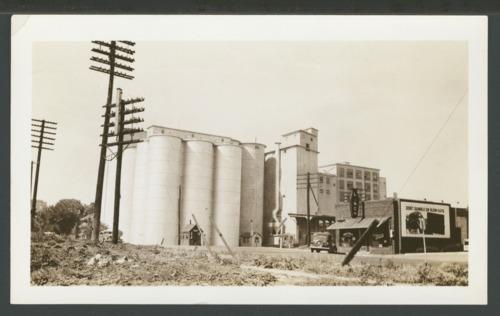 Flour mill in Topeka, Kansas - Page