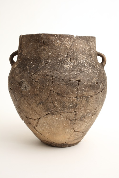 Great Bend aspect Lower Walnut focus (ancestral Wichita) Cooking Pot from the Larcom-Haggard Site, 14CO1 - Page