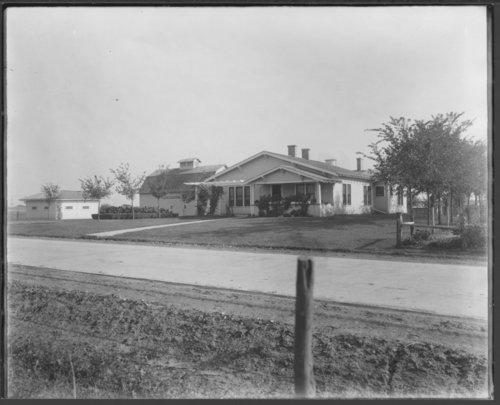 Oscar Stucky farm in Allen County, Kansas - Page