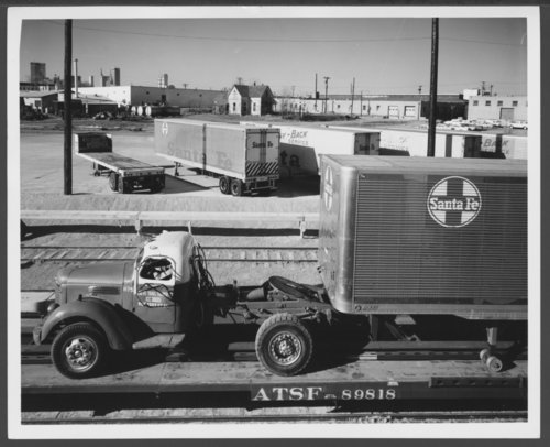 Atchison, Topeka & Santa Fe Railway Company truck trailer - Page