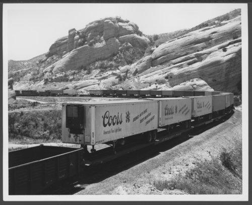 Atchison, Topeka & Santa Fe Railway Company's piggy-back trailers, Sullivan's Curve - Page
