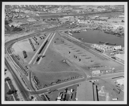 Atchison, Topeka & Santa Fe Railway Company's intermodal facility, Richmond, California - Page