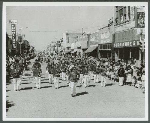 Atchison, Topeka and Santa Fe Railway Company band, Gallup, New Mexico - Page