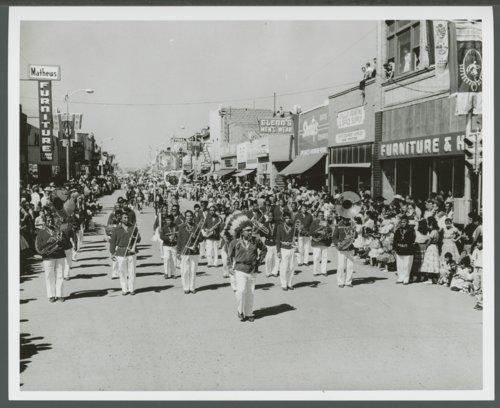 Atchison, Topeka & Santa Fe Railway Company band, Gallup, New Mexico - Page