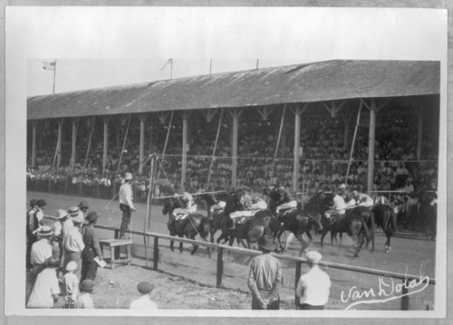 Horse racing, Anthony, Kansas - Page