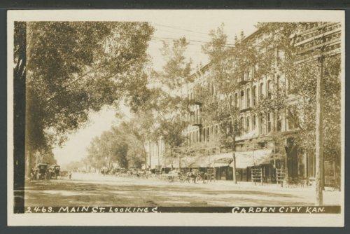 Main street in Garden City, Kansas - Page