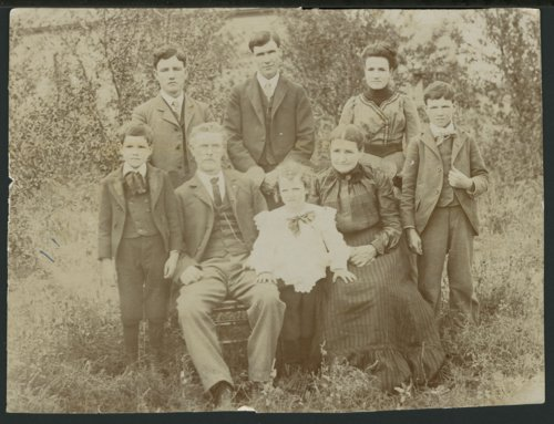 George Washington Sloan, Hannah Jane McCullough Sloan, and children - Page