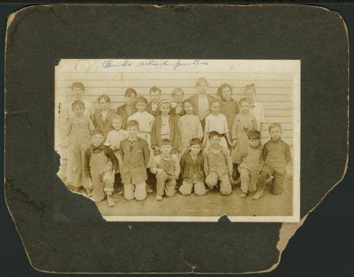School children in Valencia, Kansas - Page