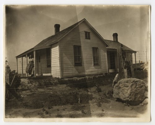 Chris and Ellen Nicholson's farmhouse near Jennings, Kansas - Page