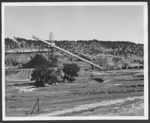 Atchison, Topeka & Santa Fe Railway's coal train arrives at York Canyon mine in New Mexico - Page