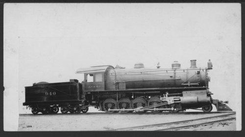 Atchison, Topeka & Santa Fe Railway Company's steam locomotive #940 - Page