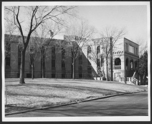 Atchison, Topeka & Santa Fe Railway Company hospital, Albuquerque, New Mexico - Page