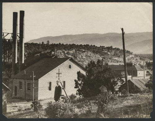 View of a town, possibly in Colorado - Page