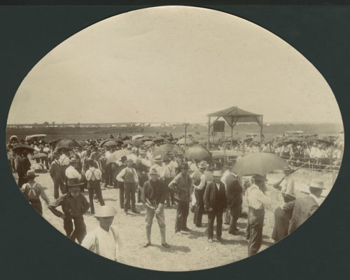 Soldiers and civilians gathered in Liberal, Kansas - Page