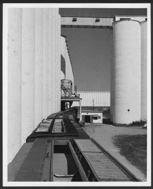 Grain elevators, Hutchinson, Kansas - Page