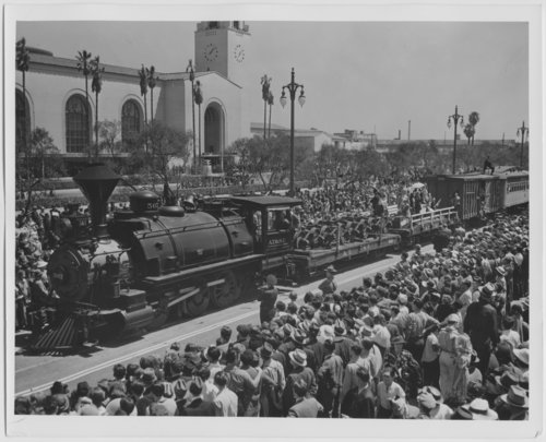 Atchison, Topeka, & Santa Fe Railway Company depot, Los Angeles, California - Page