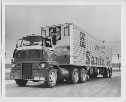 Atchison, Topeka & Santa Fe Railway Company's piggy-back trailer - Page